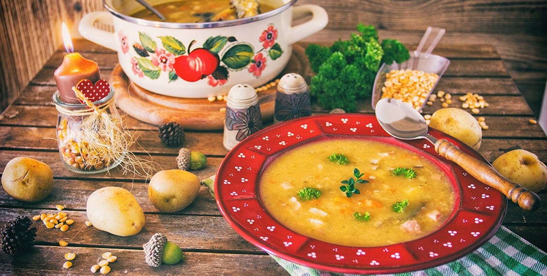 hearty pea soup