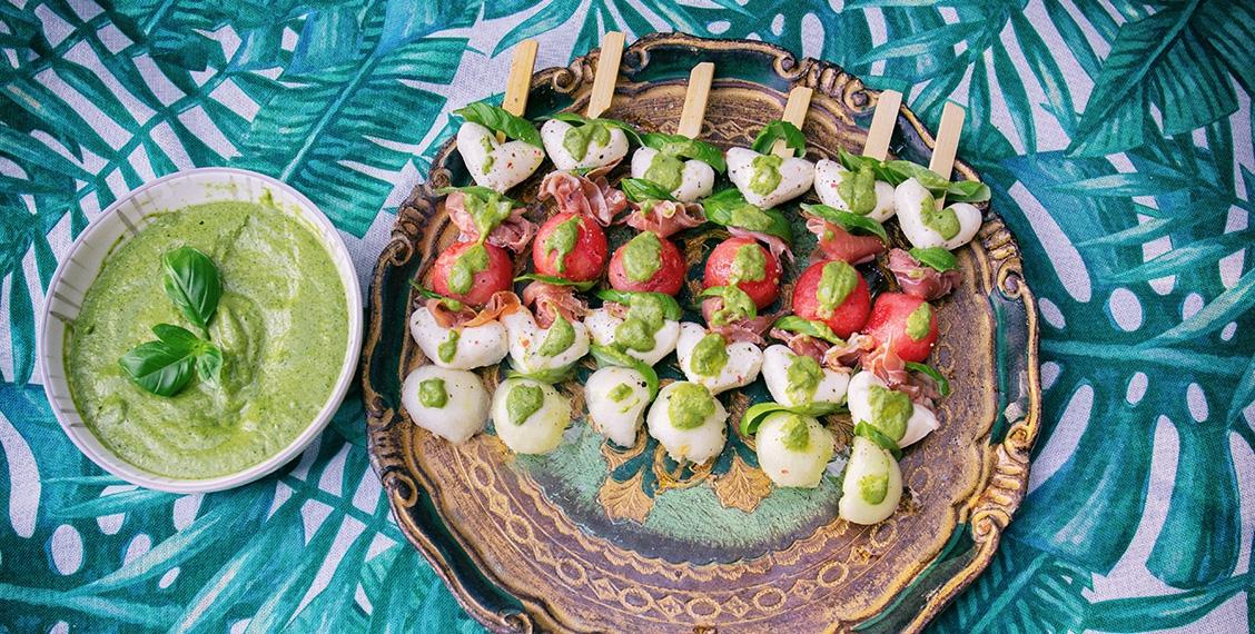 Wassermelonen-Caprese-Spieße